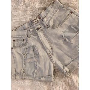 💙 Levi's | 505 Vintage Distressed Shorts 💙